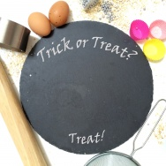 Halloween Trick or Treat Plate
