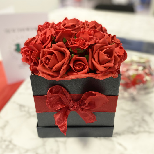 Personalised Valentine's Day Personalised Rose Hat Box Flower Gift